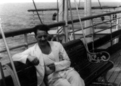 Bruno Paggi ritratto sul transatlantico Conte Biancamano diretto a Panama 28 aprile 1940