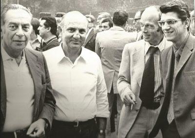 Giovanni Pesce con il pittore Renato Guttuso (a sx)