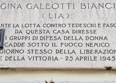 La targa che ricorda Gina Bianchi